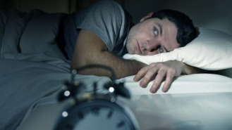عادت هایی که به شما کمک می کنند، بهتر بخوابید